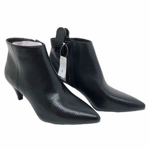 (SH-127) Time and Tru BootS Heel Black Size 9